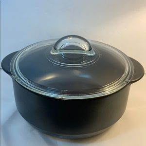 Pampered Chef 4 Quart Rockcrock with Glass Lid